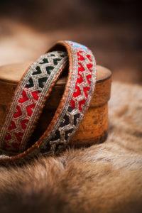 Artisanat same, bracelets