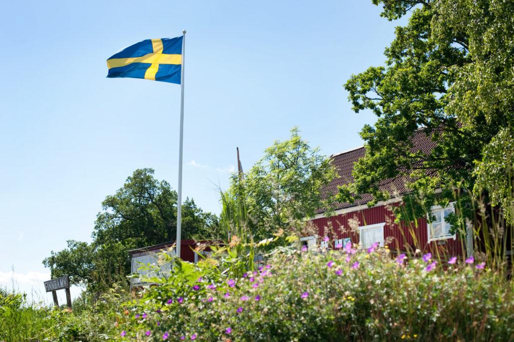 Maison avec drapeau suédois
