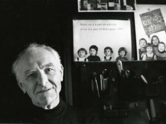 Robert Doisneau, dans son studio de Montrouge, 1992