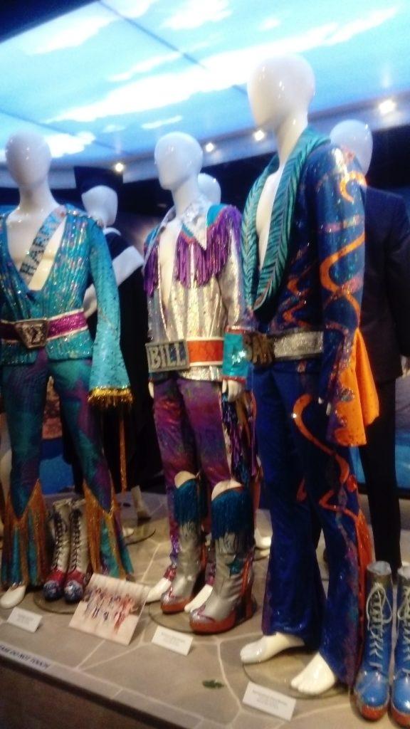 Costumes de scènes au musée Abba