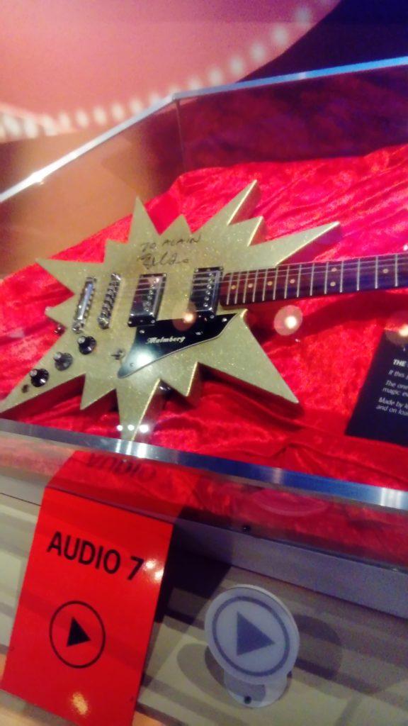 Guitare, au musée Abba