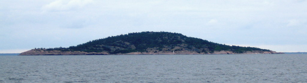 L'île Blå Jungfrun